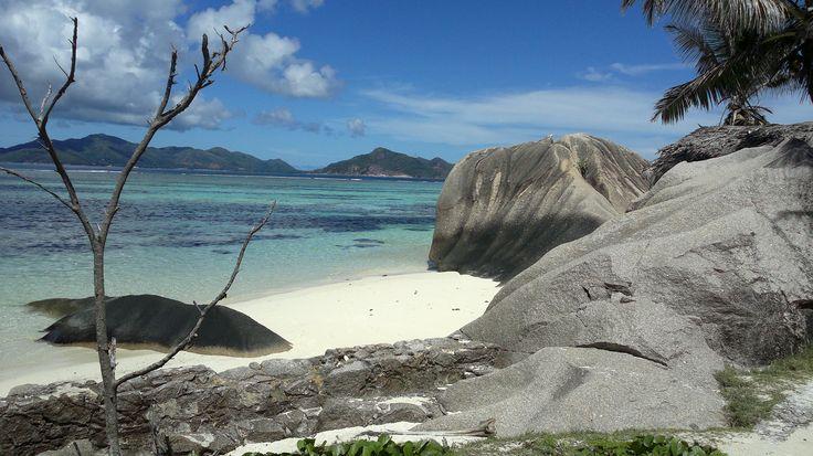 Seychellit. La Digue. Anse Source D'Argent. Yksi maailman kauneimmiksi valituista rannoista.