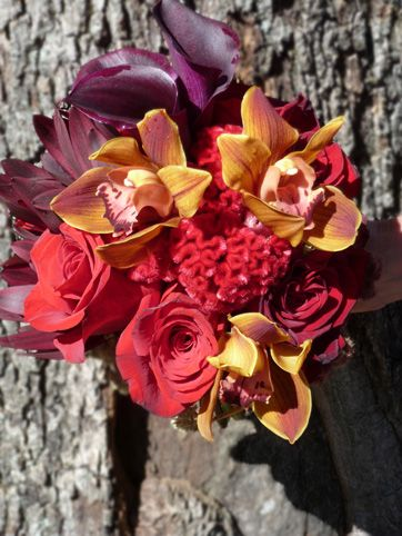 Modern Wedding Bouquets In Kansas City Mo Featuring Bridal Fall Colors Oranges