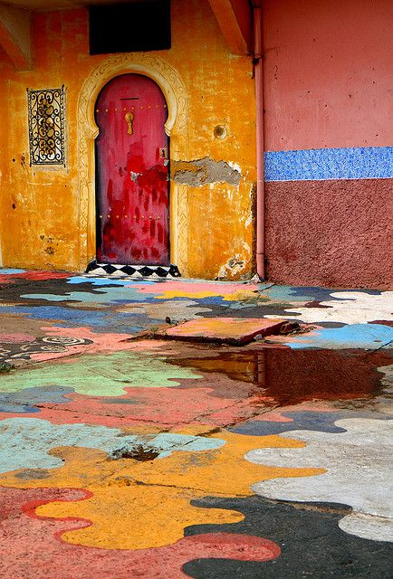 Loving the beautiful patchwork paint design around this Casablanca door! Morocco. Travel. doors of the world.  design.