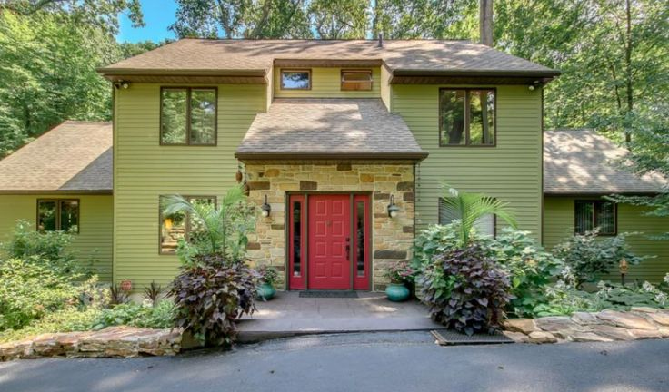 2 Lake Rd Media, PA 19063 home for sale Delaware County, more info here: http://www.anthonydidonato.net/wordpress/2017/01/25/2-lake-rd-media-pa-19063-home-sale-delaware-county/