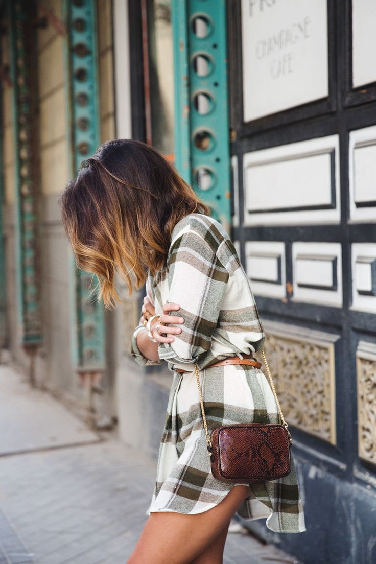 10 outfit ideas to wear a plaid shirt http://www.mursway.com/2015/02/10-outfit-ideas-to-wear-plaid-shirt.html