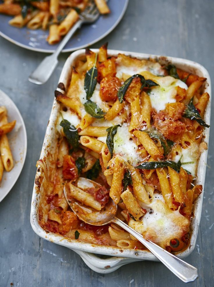 Squash and ricotta pasta bake Added in two red peppers and roasted them with the butternut squash; added in large onion & chilli flakes with the garlic.  Used 3 very generous tbsp ricotta. Added in 80g chopped kale (which worked well)  The sage leaves on