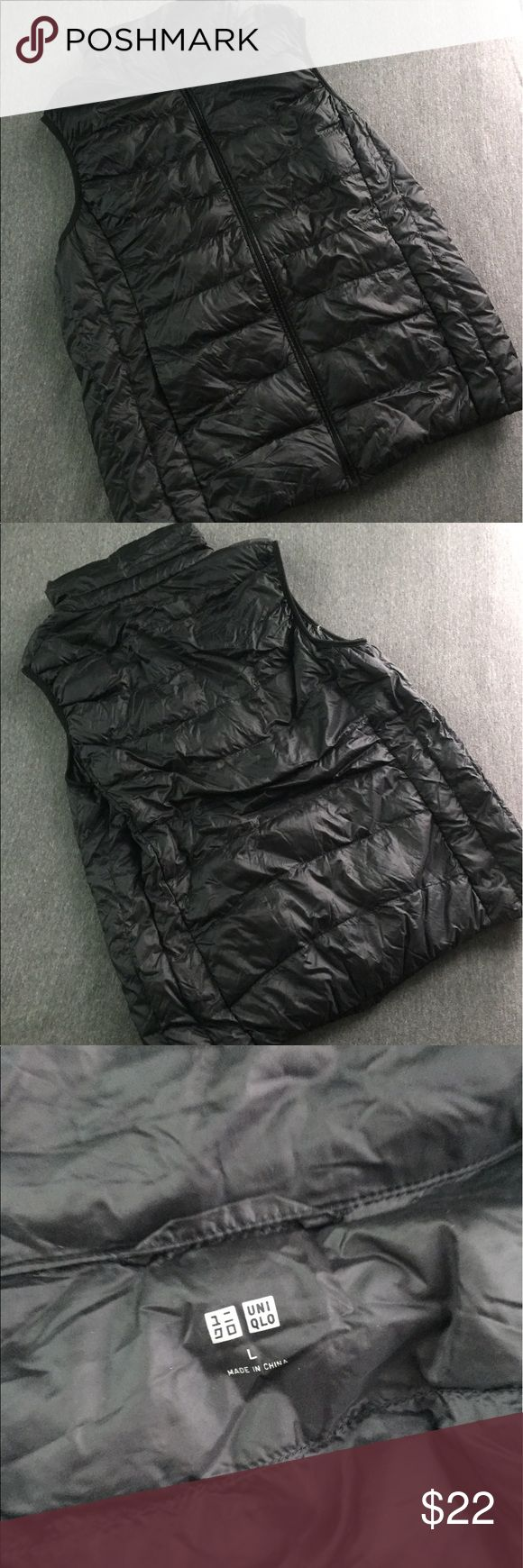 Uniqlo Black Puffer Vest Uniqlo black Puffer Vest. Used, but still in great condition. Bust: 18in laying flat. Length: 23in ALL OFFERS WILL BE CONSIDERED 💙💙💙 Uniqlo Jackets & Coats Vests