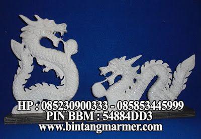 Patung Naga Putih Marmer Timor-Timur
