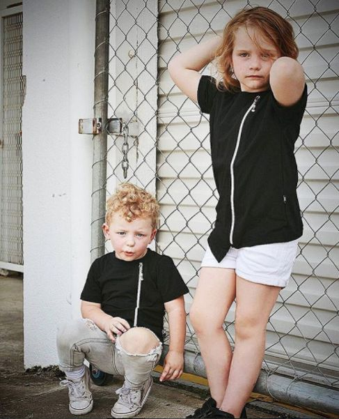 Street Fashion for everyone 👊 Gorgeous siblings Wyatt and Rhyleigh wear both 'The Alley' luxe zip Tee in black 🙌 FREE domestic shipping on all orders $50+ no code needed 🛍 #etsyfashion #autumnstyle #autumnfashion #kidfashion
