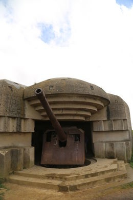 Suppose I should really as a History teacher. Half day Normandy Beaches tour Omaha and Am Cemetary