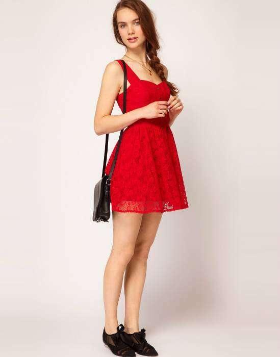 Sensuales vestidos de día con encaje moda casual elegante 2013  http://vestidoparafiesta.com/sensuales-vestidos-de-dia-con-encaje-moda-casual-elegante-2013/