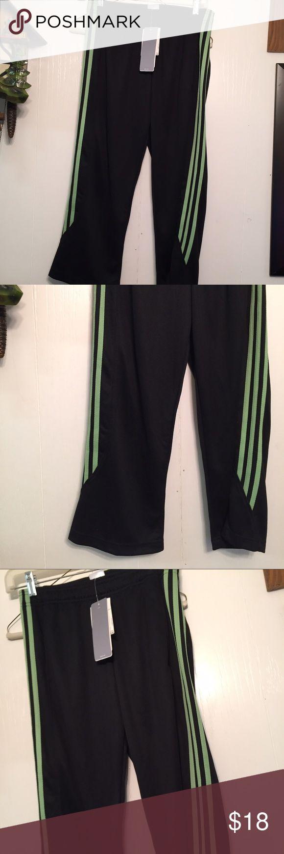 Adidas Performance Brio Training Capris Black NWT Brand new size S.  Black / Chalk Green. Women's Training capris. New with tags Adidas Pants Capris