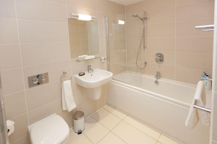 Main bathroom www.cherishedcottages.co.uk