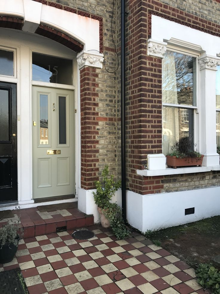 Four panel Victorian front door in south London