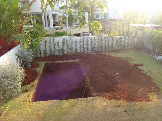 Building A Swimming Pool One Shot A Day Diy Swimming Pool
