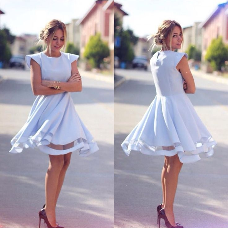 Altı tül kloş elbise ✔️ Renkler: bordo, beyaz, bebek mavisi, nar çiçegi, kırmızı, siyah Fiyat: 64.90 ₺ ✔️ Whatsapp: 0538 714 15 37