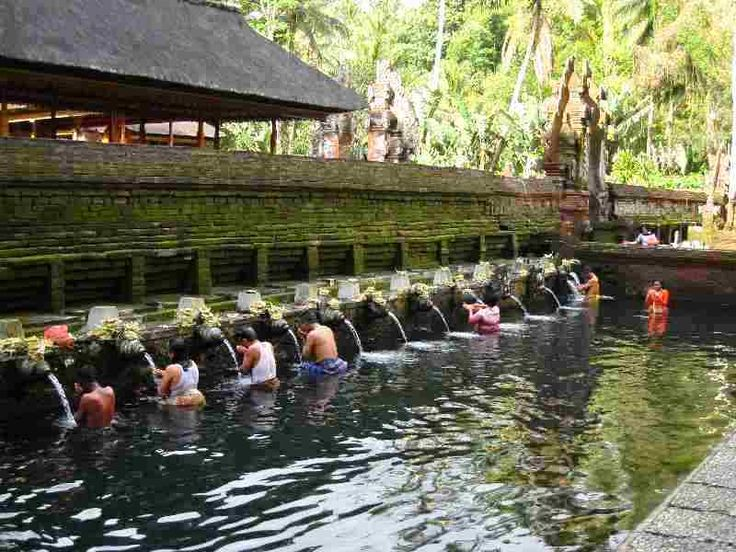 Paket Tour Only di Bali 4 Hari 3 Malam A (tanpa hotel) #pakettourdibali    Paket tour only di Bali 4 hari 3 malam A ini sudah termasuk transport full AC, serta sopir yang sudah berpengalaman, juga tiket masuk obyek wisata seperti: tiket tari Kecak, Tanjung Benoa watersport, GWK, pantai Dreamland, pantai Pandawa, pantai Padang-Padang, Pura Uluwatu, tiket tari Barong, Galuh, Celuk, Kintamani, Tirta Empul, pantai Jimbaran, dll. goo.gl/fcNtq9