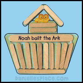 Arca de Noé com palitinhos.
