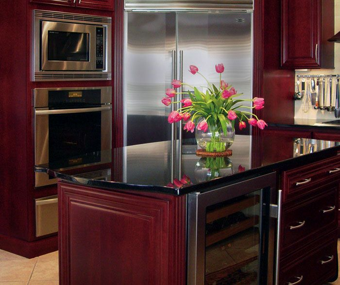 Homecrest cherry cambridge burgandy finish kitchens for Burgundy kitchen cabinets pictures