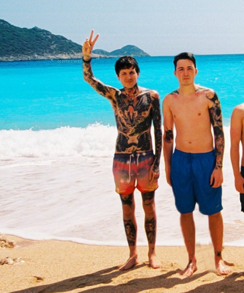 Oliver Sykes Tom Sykes