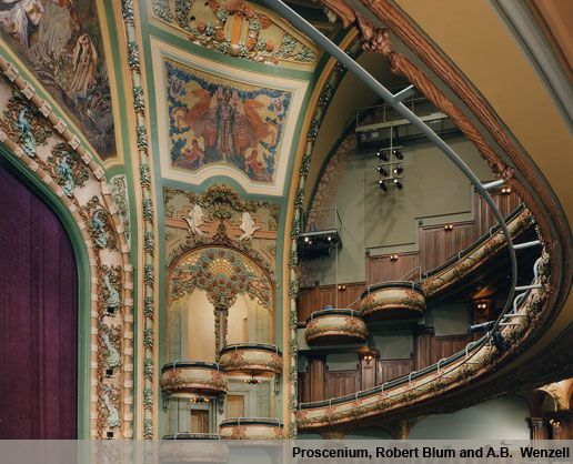 """Originally posted by span_tourist at Архитектура Art nouveau в Нью-Йорке New Amsterdam Theatre (Здание театра """"Амстердам"""") The Beaux-Arts facade of the New Amsterdam is a narrow slice which leads to the theatre's interior, the first concrete…"""