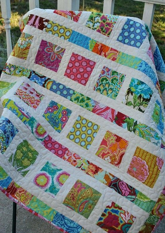 Quilts Made With 2 Charm Packs Cute Charm Quilt Who Needs A Pattern The Size Would Have Been Nice Quilts Patterns Using Charm Packs Quilts Using Charm Packs And Jelly Rolls