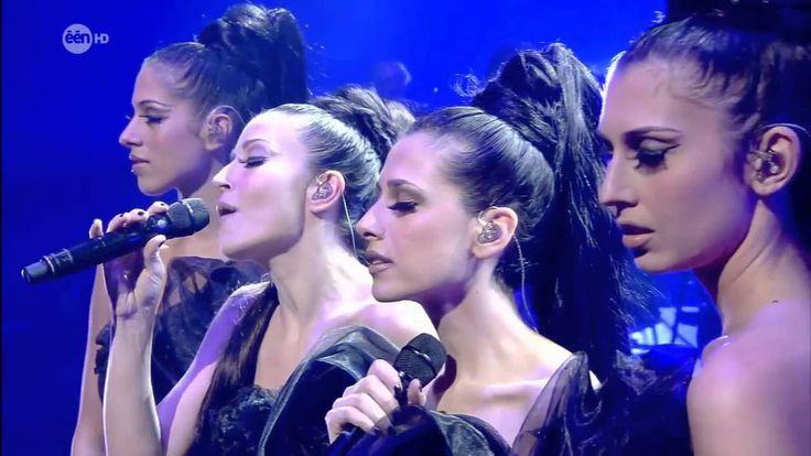 4 Voci, 4 Soprani, 4 Donne, 4 Artiste in A mother's prayer performance