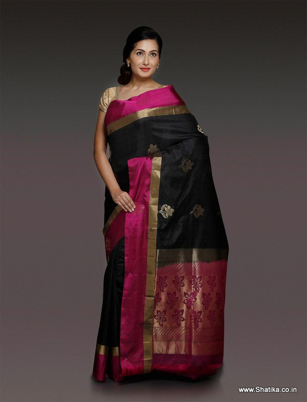 A siren piece woven on pitloom in the most striking and best loved combination of bold black and alluring magenta, Sachi Magenta and Black Pure Uppada Silk Saree is a stunner.