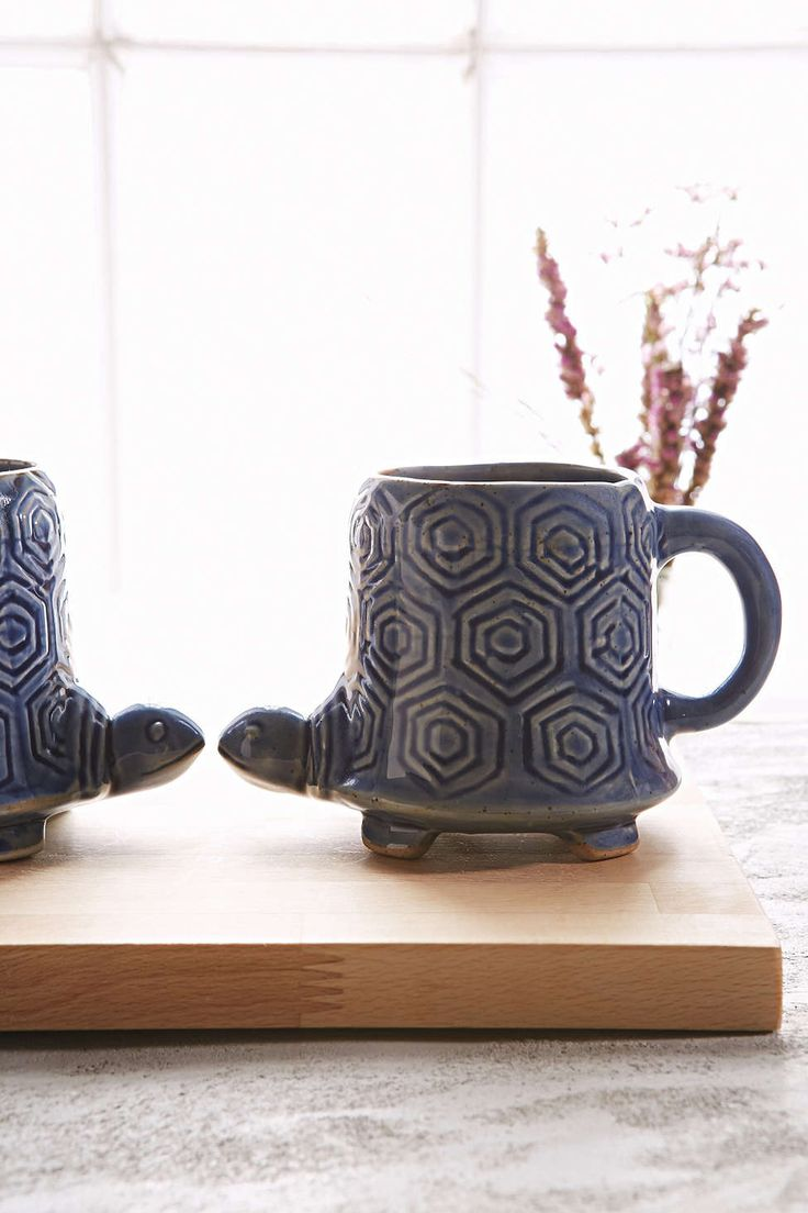 Plum & Bow Reactive Turtle Mug - Urban Outfitters