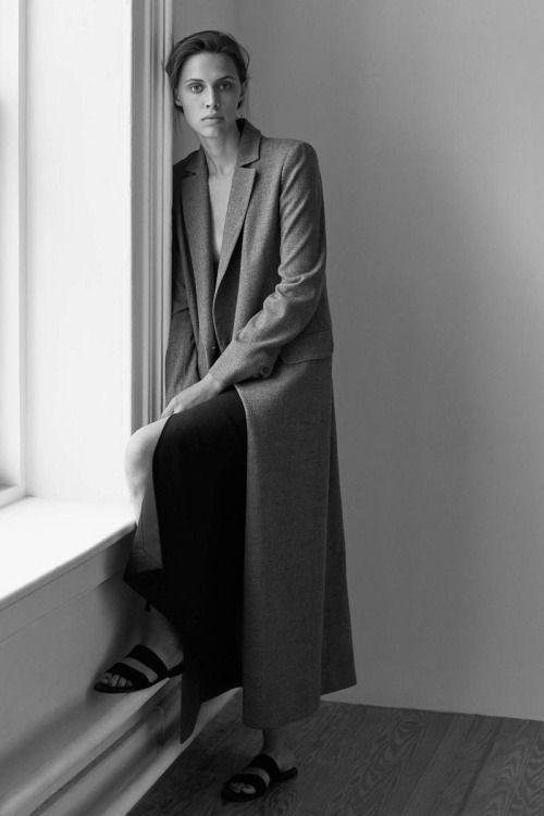 minimalist goods delivered to you quarterly @ minimalism.co #minimal #style #design