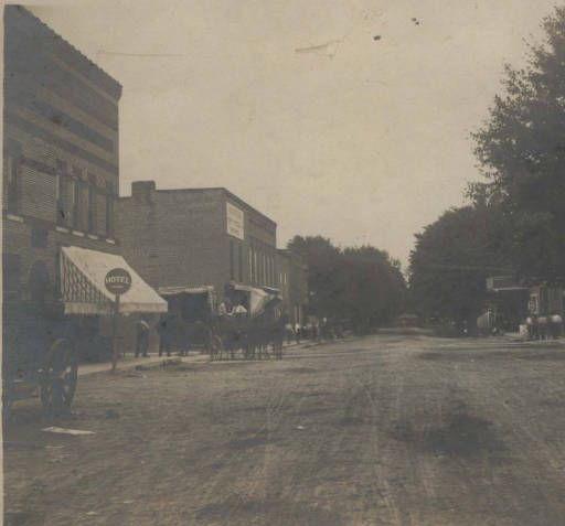 1906 Main Street Brownsburg Indiana :: Brownsburg Then and Now