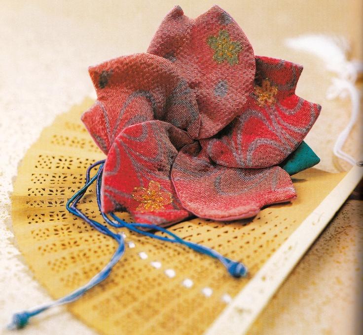 Kumiko Sudo Flower bag