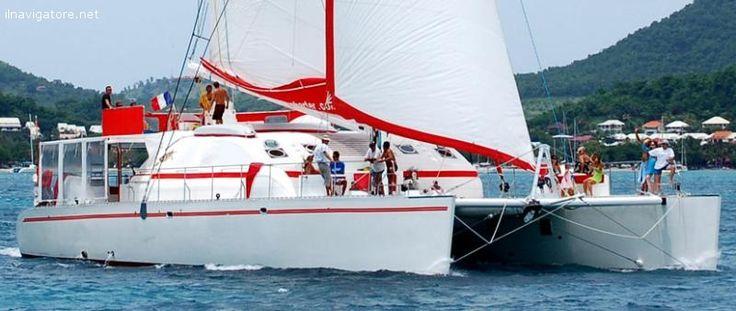 #Catamarano 82 #piedi, 10 #cabine #doppie con #bagno, #equipaggio, #tender, #fuoribordo, Tv, DVD, #windsurf, #canoa, #equipaggiamento #snorkeling e da #pesca, ... #annunci #nautica #barche #ilnavigatore