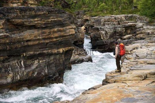 Hikers on the Kungsleden trail, Abisko, Lapland, Sweden, Europe