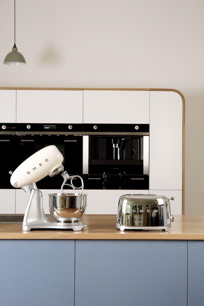 Smeg cream kitchen mixer and chrome toaster smeg small for Smeg kitchen designs