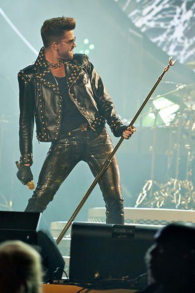 Queen + Adam Lambert live pics! | Photo Galleries | One Nation - Music Tour News | Live Nation--- Freakin sexy!!!!