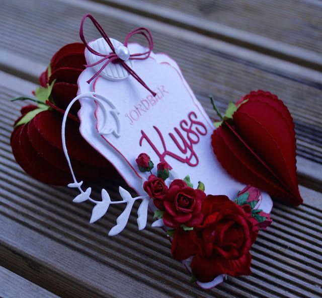 Mitt Lille Papirverksted: Strawberry Kisses