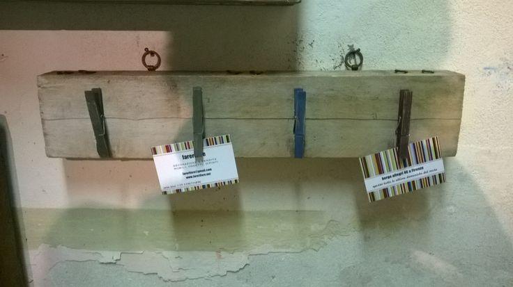 portafoto con asse di legno riciclato
