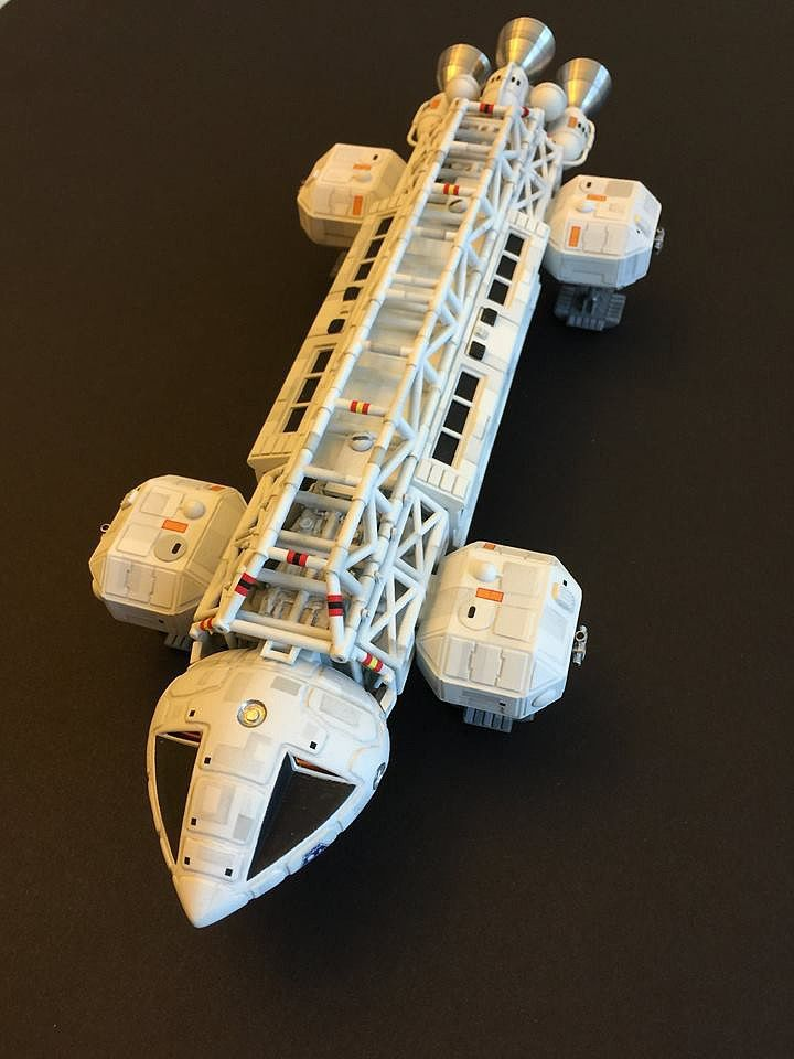 16 best images about Plastic Models - Science Fiction/Space on Pinterest | Models, Birds of prey ...