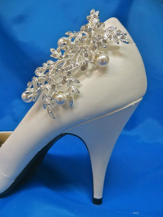 Pearl Shoe Clips Gatsby Shoe Clips 1920's Flapper Shoes by ctroum, $39.00