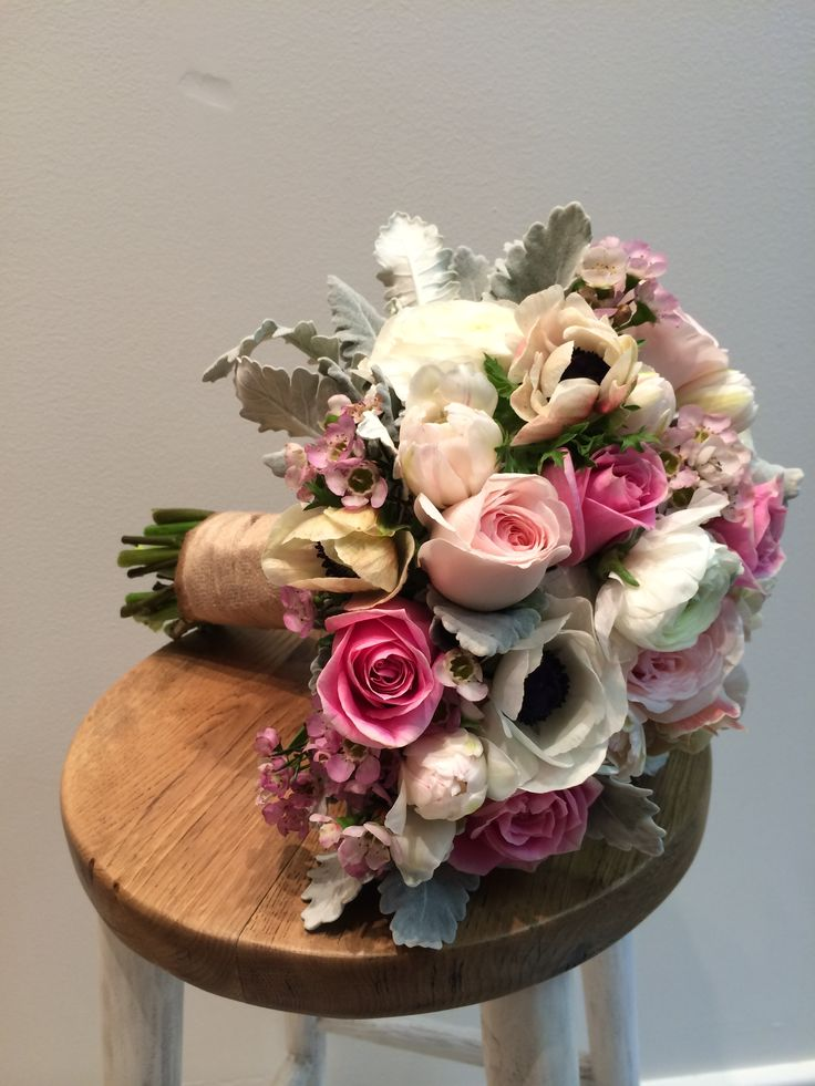 Romeos Chair bouquet