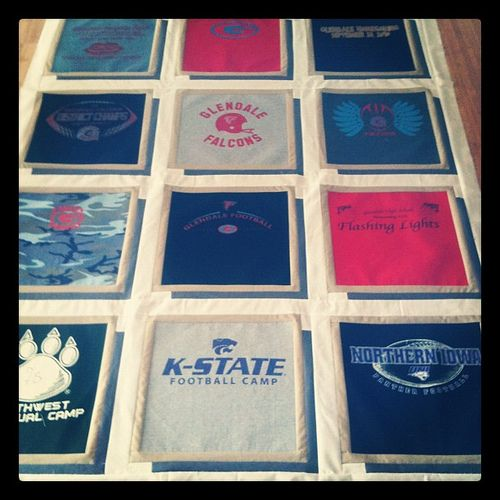 32 best images about T-Shirt Quilts on Pinterest All flowers, Baby clothes quilt and Shadow box