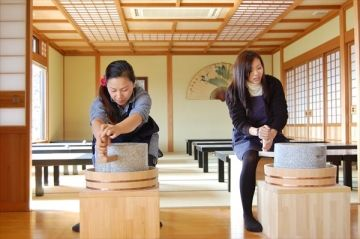 【1時間30分】石臼挽き&そば打ち体験 天ぷら付き♪の写真