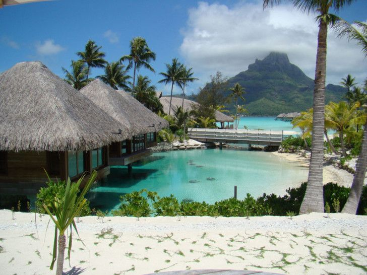 Hotel HD Wallpapers: Hotel On The Island Of Bora Bora ~ celwall.com Cool Wallpapers Inspiration