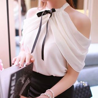 Buy 'Fashion Street – Bow Accent Cutout Shoulder Chiffon Blouse' with Free International Shipping at YesStyle.com. Browse and shop for thousands of Asian fashion items from China and more!