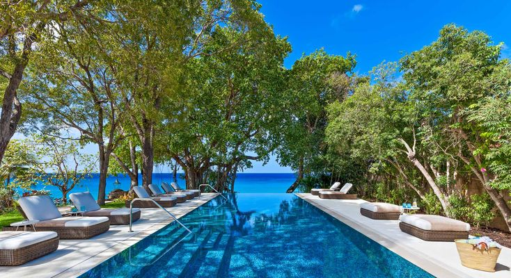 Check out this amazing Luxury Retreats beach property in Barbados, with 10 Bedrooms and a pool. Browse more photos and read the latest reviews now.