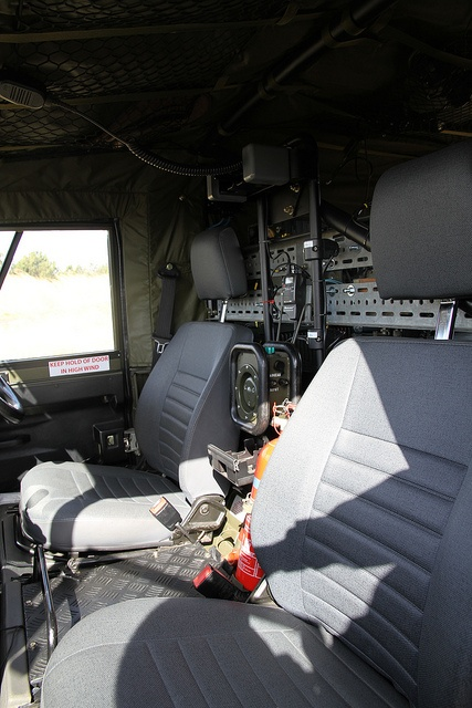 Land Rover Defender TUL XD WOLF FFR