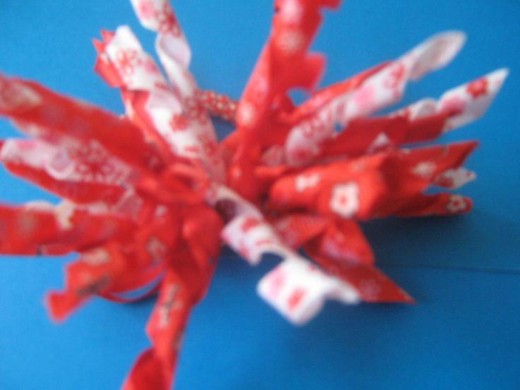 korker bow -red & white. Pony Tail Moño crespo- rojo y blanco. Cola de caballo $8000 COP unidad.