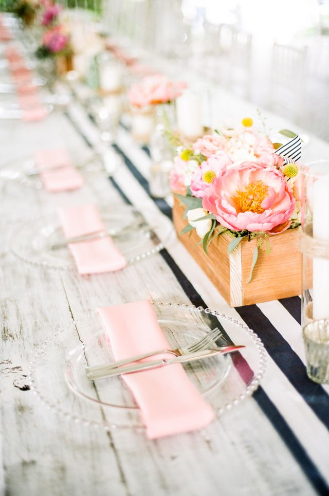 Preppy wedding ideas | Jenna Henderson Photography | see more on: http://burnettsboards.com/2015/04/preppy-summer-garden-wedding/