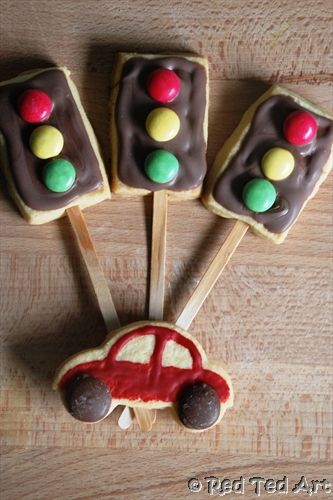 traffic light & car sugar cookies {cars have chocolate candy melt wheels and painted-on red icing, traffic lights have melted chocolate + M lights}...mini Oreo wheels would also be darling