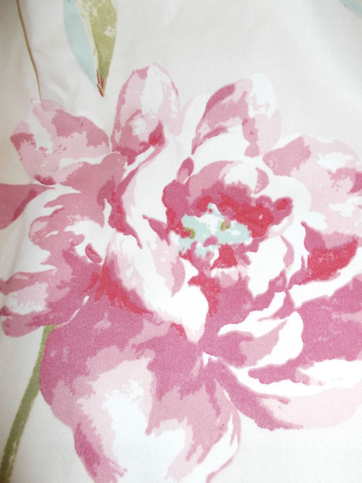 BEAUTIFUL SHABBY CHIC CURTAINS Vintage Style Roses, Dusky Pinks, Pencil Pleat