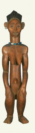 """Among the few Fang (""""Pahouin"""") figures known in Europe before the First World War, and celebrated by members of the Avant-Garde, almost all came from the coastal area of Süd-Kamerun. Mabea figures, which now make up the most limited and individual corpus within Fang statuary, were immediately acquired by German museums (for instance the Berlin Museum für Völkerkunde) or entered the English and Parisian market. There are only a dozen Mabea figures known from this period."""