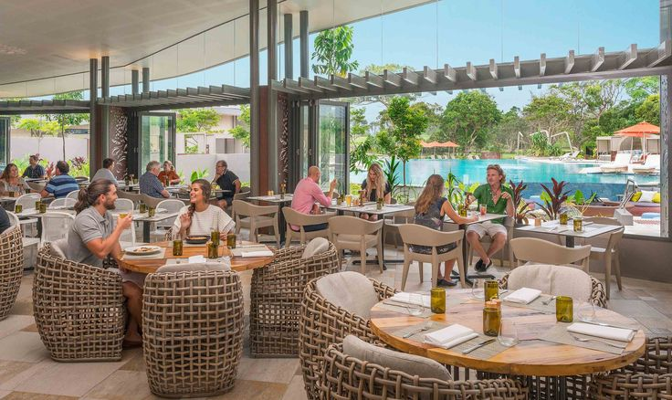 Graze Restaurant. Guests & visitors can enjoy poolside dining for breakfast, lunch and dinner with fresh seasonal menu. View menus at Elements of Byron. HH M-f 5-7