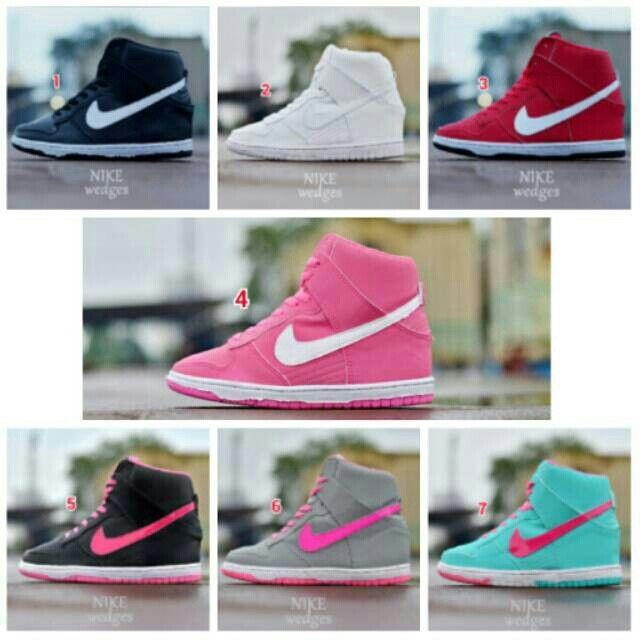 Saya menjual Sepatu NIKE Air Wedges Wanita Slop Santai Jalan Shoes Slip On…